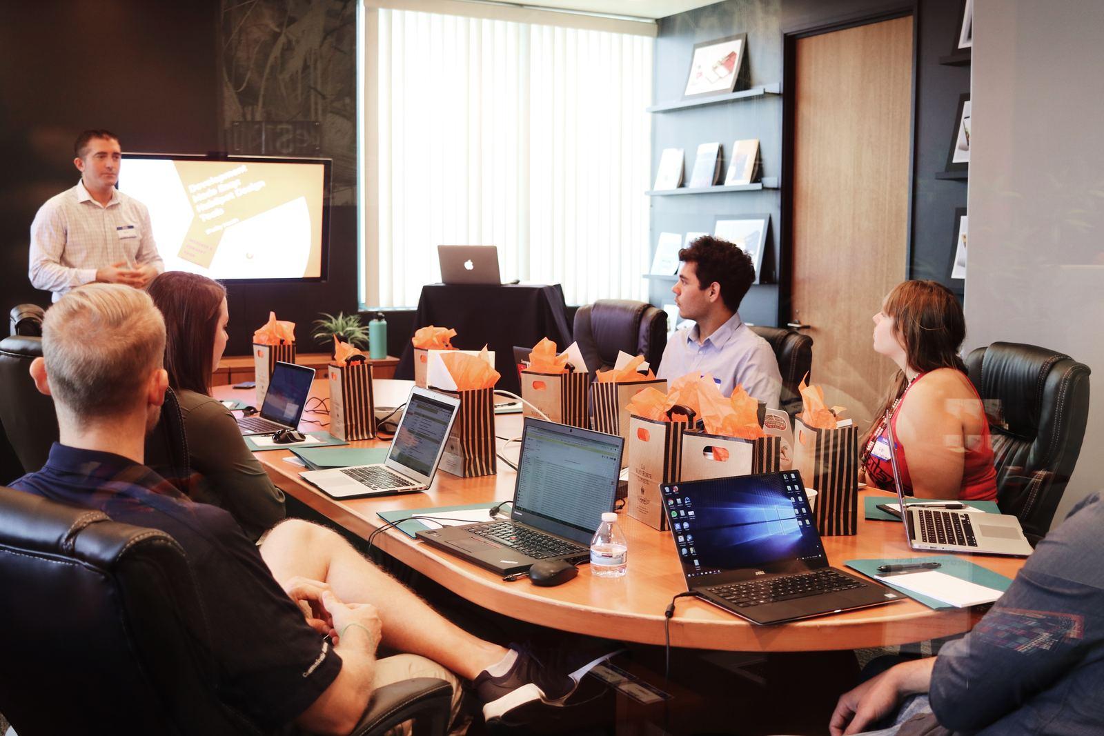 Comment faire sa gestion administrative du personnel ?