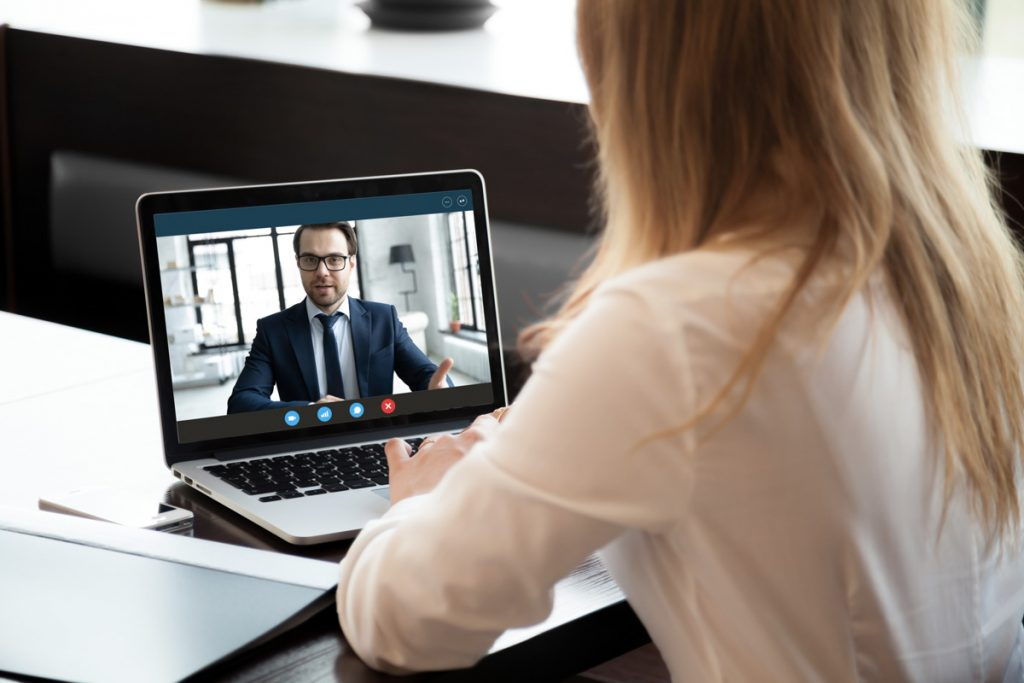 decouvrez pourquoi et comment organiser un job dating virtuel a la rentree