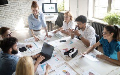 6 astuces pour organiser efficacement le travail en équipe